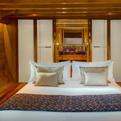 Amandira Yacht by Deirdre Renniers Interior Design Asian لکڑی Wood effect