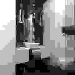 Modern style bathrooms by ZAZA studio Modern
