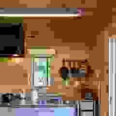 HZ邸 カントリーデザインの キッチン の Sen's Photographyたてもの写真工房すえひろ カントリー