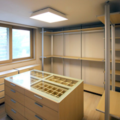 Ruang Ganti Minimalis Oleh HJL STUDIO Minimalis Kayu Wood effect