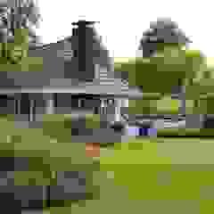 Fleurige villatuin Klassieke tuinen van Teo van Horssen Hoveniers Klassiek