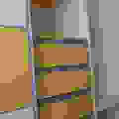 Aurea Arquitectura y Amoblamientos Nursery/kid's roomWardrobes & closets