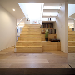 Eclectic style corridor, hallway & stairs by FORMA建築研究室 Eclectic Wood Wood effect