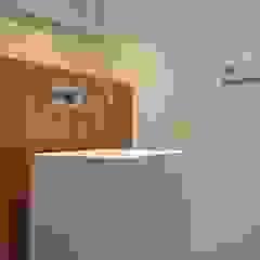 Casa de banho social em apartamento por Dynamic444 Moderno