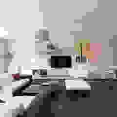 Minimalist living room by LA CUISINE DANS LE BAIN SK CONCEPT Minimalist