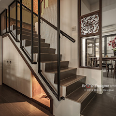 Corredores, halls e escadas asiáticos por 大不列顛空間感室內裝修設計 Asiático