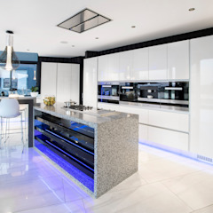 ULTRA MODERN RESIDENCE Modern kitchen by FRANCOIS MARAIS ARCHITECTS Modern
