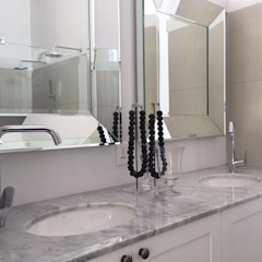 Bathroom Modern bathroom by Holloway and Davel architects Modern