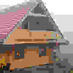 por THULE Blockhaus GmbH - Ihr Fertigbausatz für ein Holzhaus Escandinavo Madeira Acabamento em madeira