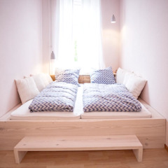 Scandinavian style bedroom by woodboom Scandinavian