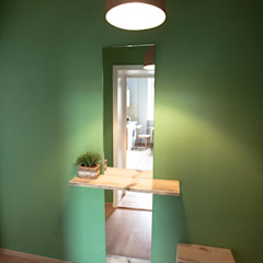 Scandinavian style corridor, hallway& stairs by woodboom Scandinavian