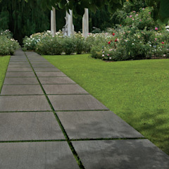 Outdoor tiles Tropical style gardens by ItalianGres Tropical