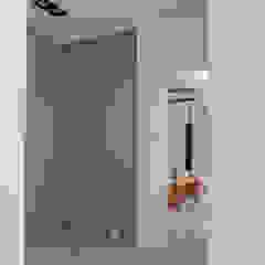 三峽北大 現代風玄關、走廊與階梯 根據 AIRS 艾兒斯國際室內裝修有限公司 現代風