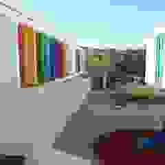 Oficina de Conceitos Modern walls & floors Granite Multicolored