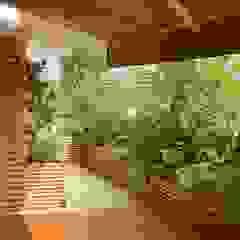 Mediterranean style balcony, porch & terrace by Paola Thiella Mediterranean
