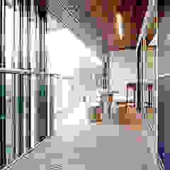 Balcon, Veranda & Terrasse originaux par Unicorn Design Éclectique