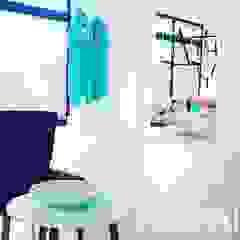 PLURALLINES - Ideias, Projectos e Gestão Lda Minimalist offices & stores