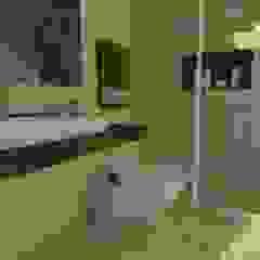 Modern Bathroom by MVarquitectos Arq. Irma Mendoza Modern