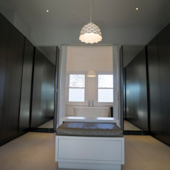 RYDENS ROAD Classic style dressing room by Concept Eight Architects Classic