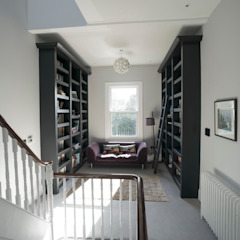 RYDENS ROAD Classic style corridor, hallway and stairs by Concept Eight Architects Classic