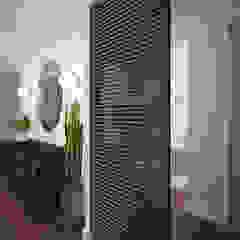 needsomespace Modern corridor, hallway & stairs