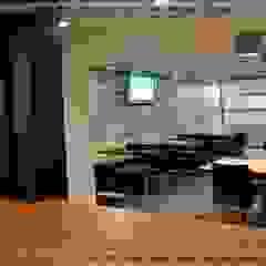 by SERPİCİ's Mimarlık ve İç Mimarlık Architecture and INTERIOR DESIGN Modern Aluminium/Zinc