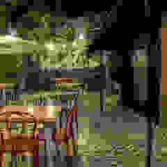 RESTAURANTE ASADOS CHAVITA LA ESTRELLA de santiago dussan architecture & Interior design Ecléctico