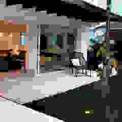 CASA PRAIA DA BALEIA Piscinas minimalistas por RAWI Arquitetura + Design Minimalista