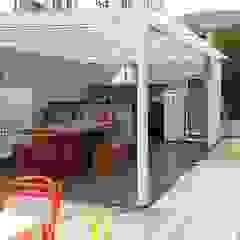 Balcones y terrazas rústicos de LK estudio de design Rústico