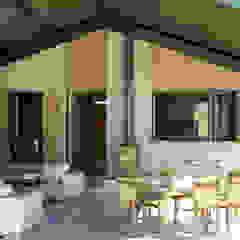 Steel portal framed House Modern houses by Edge Design Studio Architects Modern