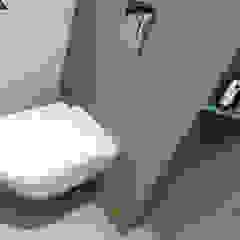 Modern bathroom by FARBCOMPANY Modern