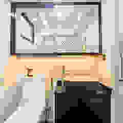 HDB Blk 293B Compassvale Crescent Modern bathroom by Renozone Interior design house Modern