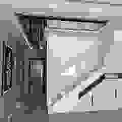 Modern corridor, hallway & stairs by Murat Aksel Architecture Modern Wood Wood effect