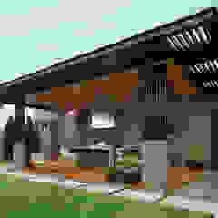 Balcones y terrazas modernos de HZH Arquitectura & Diseño Moderno