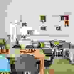 family spot - realizacja Skandynawski salon od Saje Architekci Joanna Morkowska-Saj Skandynawski