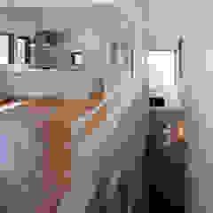 Modern living room by 豊田空間デザイン室 一級建築士事務所 Modern