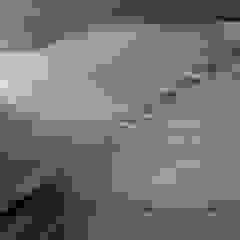 RSP House Paredes y pisos minimalistas de Enrique Barberis Arquitecto Minimalista Piedra