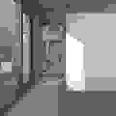 Dick van Aken Architectuur Dormitorios de estilo moderno Madera Blanco