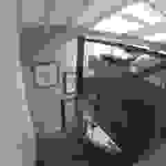 Modern Living Room by Loftspace Modern