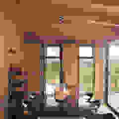 Modern Kitchen by B+V Arquitectos Modern Wood Wood effect
