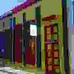 ESTUDIO DE ARQUITECTURA C.A Colonial style houses