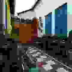 Vườn phong cách chiết trung bởi Adriana Baccari Projetos de Interiores Chiết trung