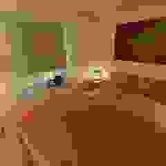 Dormitorios eclécticos de homify Ecléctico
