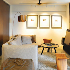 Apartment at Bukit Ho Swee Asian style living room by Quen Architects Asian