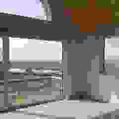 Goodhaus Modern style balcony, porch & terrace