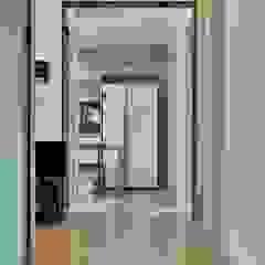 ห้องโถงทางเดินและบันไดสมัยใหม่ โดย Goodhaus โมเดิร์น