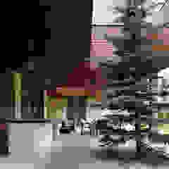 Moderner Wintergarten von Студия дизайна интерьера в Москве 'Юдин и Новиков' Modern
