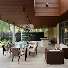 Moderner Balkon, Veranda & Terrasse von Студия дизайна интерьера в Москве 'Юдин и Новиков' Modern