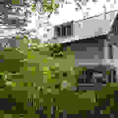 Jardines de estilo moderno de JE-ARCHITECTEN Moderno