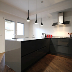 Giuseppe Rappa & Angelo M. Castiglione ห้องครัว Grey